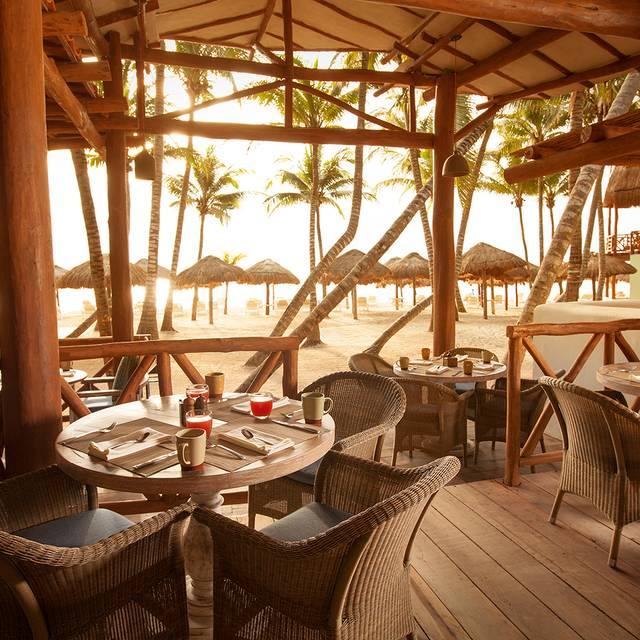 Fuego Tables - Fuego Restaurante y Cantina @ Mahekal, Playa del Carmen, ROO