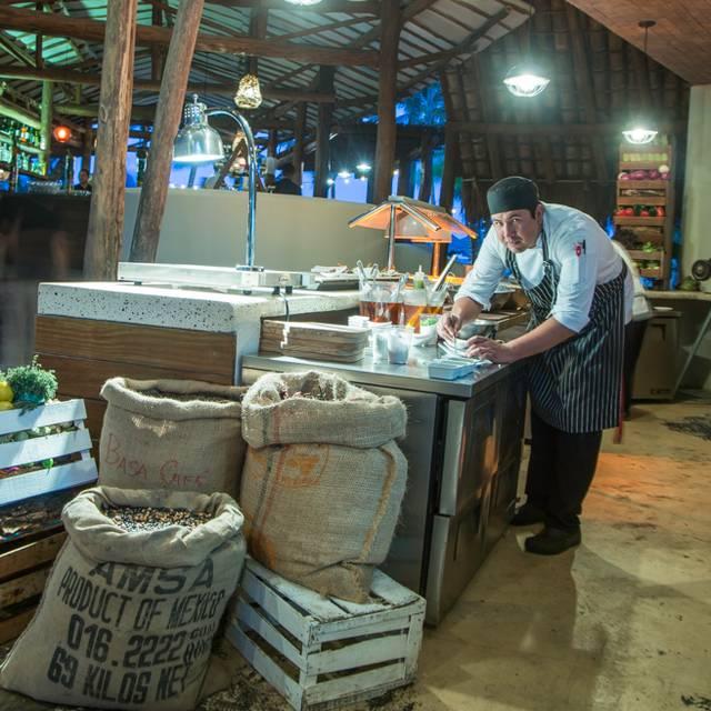 Interior - Fuego Restaurante y Cantina @ Mahekal, Playa del Carmen, ROO