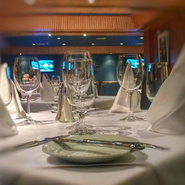Terra Mare Restaurant, Dollard-Des-Ormeaux, QC