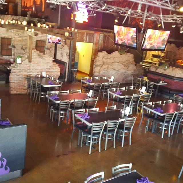 The Rock Wood Fired Pizza Highlands Ranch Restaurant