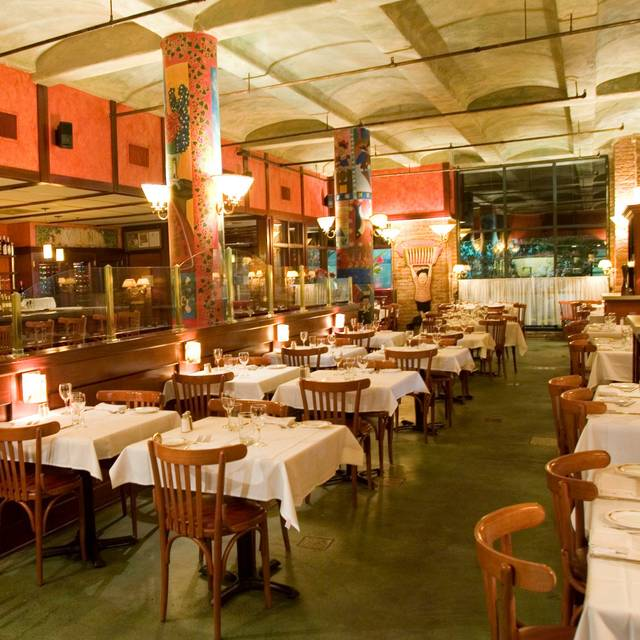La sardine chicago il opentable for 0pen table chicago