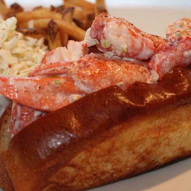 Lobsterroll  - Catch 35 - Naperville, Naperville, IL
