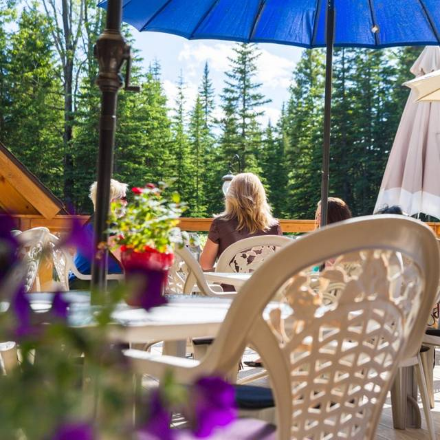 The Bavarian Inn Restaurant, Bragg Creek, AB