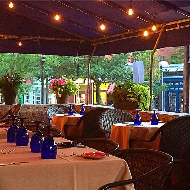 Alfresco dining overlooking eclectic Craig Street - Lucca Ristorante, Pittsburgh, PA