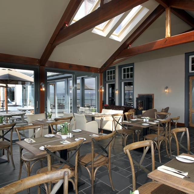 The terrace restaurant mallaig highland opentable for Terrace cafe opentable