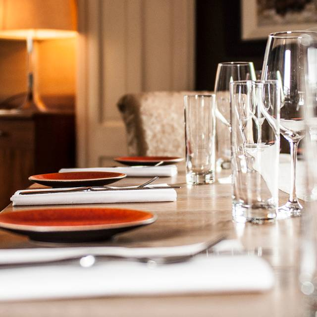 Locks 1 windsor terrace restaurant dublin co dublin for Terrace cafe opentable