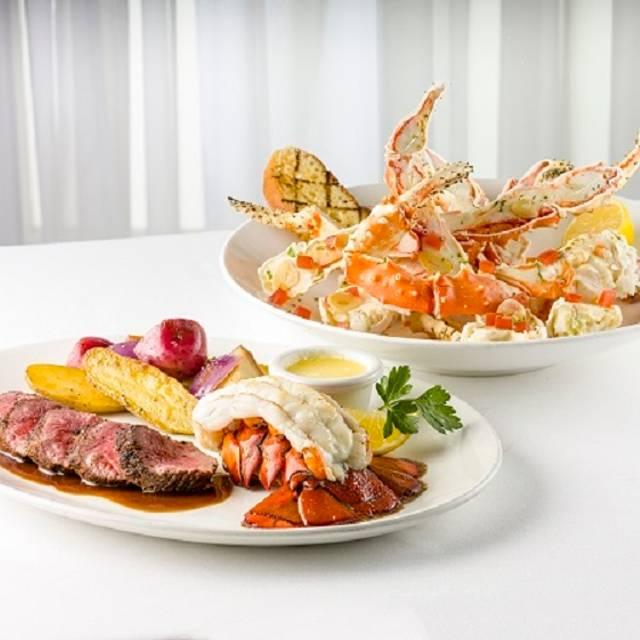 Steak Lobster King Crab - McCormick's Fish House - Seattle (02), Seattle, WA