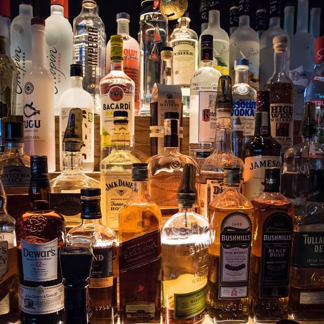 liquor - Twisted Oak Tavern, Agoura Hills, CA