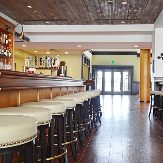 Plank's Tavern, Saint Joseph, MI