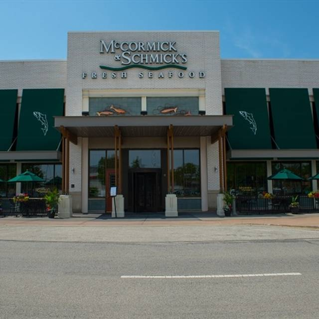 McCormick & Schmick's Seafood - Skokie, Skokie, IL