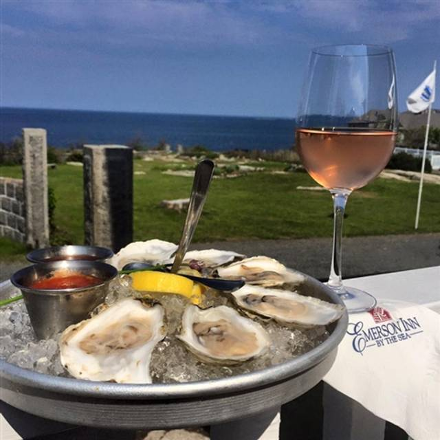 Pigeon Cove Tavern - Emerson Inn by the Sea, Rockport, MA