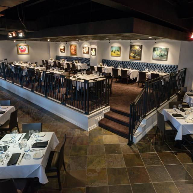Main Dining Room | Amerigo's Grille - Amerigo's Grille – The Woodlands, The Woodlands, TX