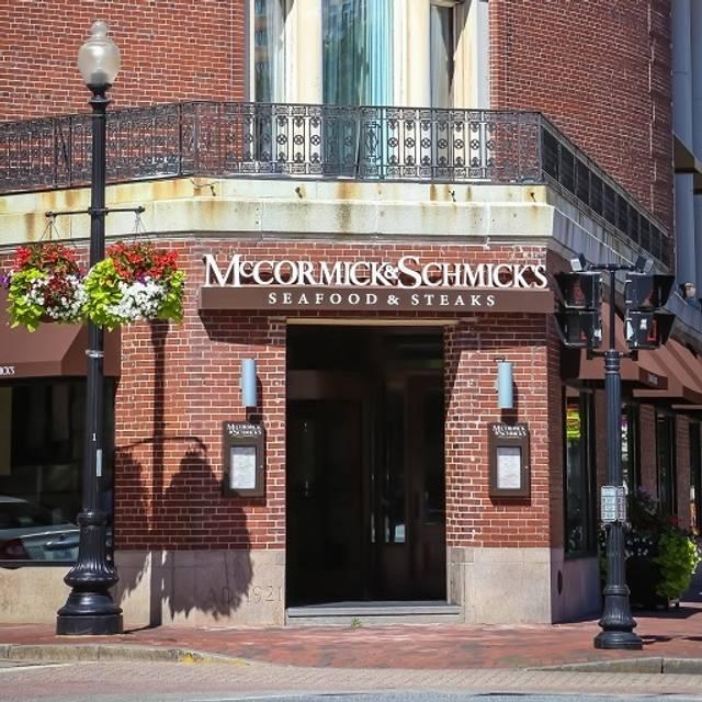 McCormick & Schmick's Seafood - Providence, Providence, RI