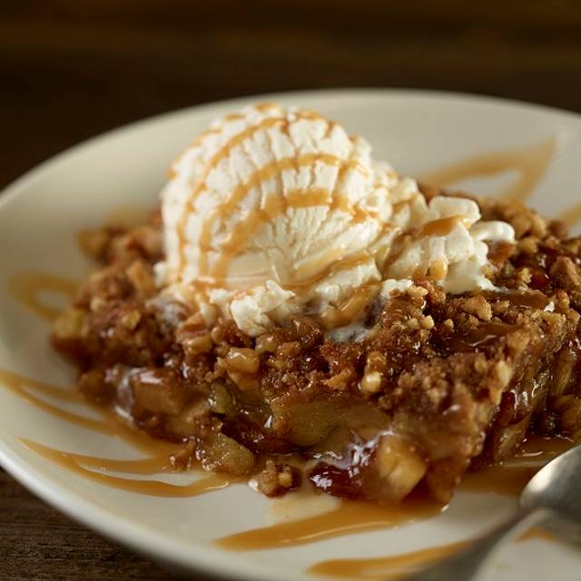 Hrc Fresh Apple Cobbler - Hard Rock Cafe - Northfield, Northfield, OH