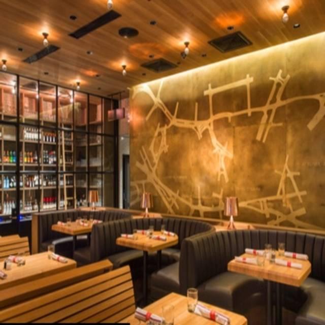 Earls Kitchen Bar Somerville Restaurant Somerville