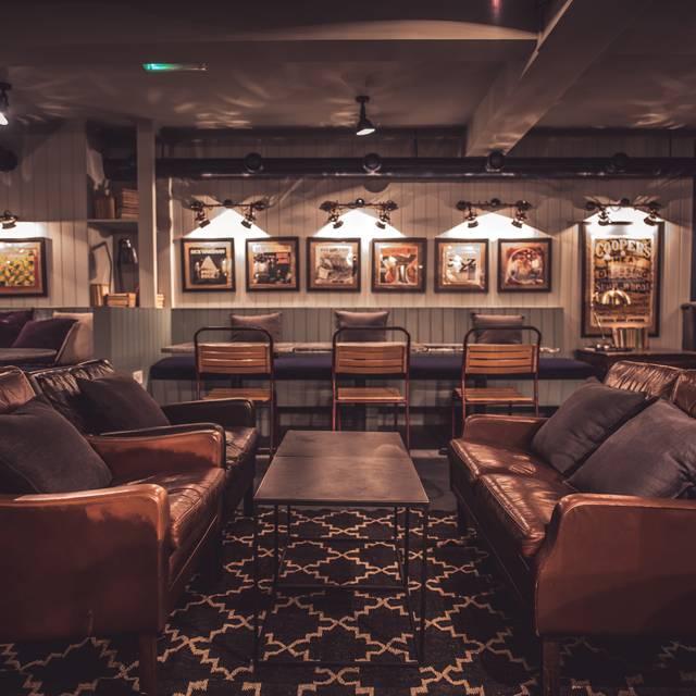 Hanger Steakhouse, London