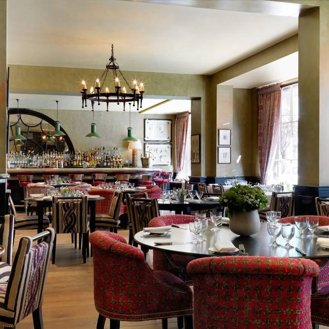 Brasserie max covent garden london opentable for Best private dining rooms covent garden