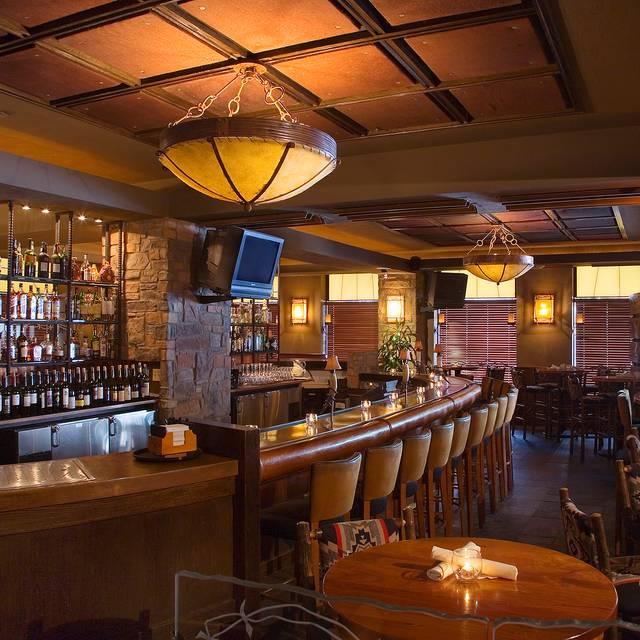 Bar - Roaring Fork - Downtown, Congress, Austin, TX