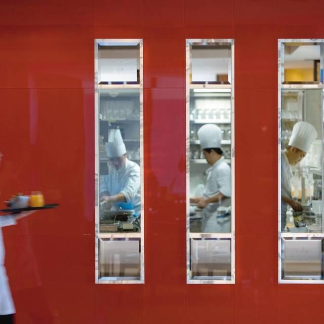 Hong-kong-restaurant-cafe-causette - Café Causette - Mandarin Oriental Hong Kong, Hong Kong, Hong Kong