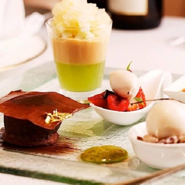 Assietteofdesserts - Gordon Grill - Goodwood Park Hotel, Singapore, Singapore