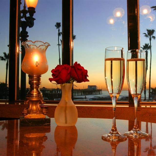 21 Oceanfront, Newport Beach, CA