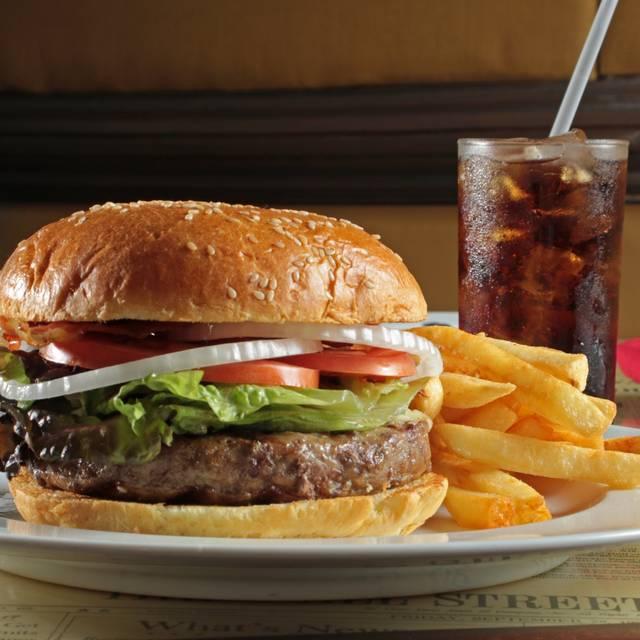 Hamburguesa Calidad Angus - Wall Street Steakhouse - Hotel MS Milenium, San Pedro Garza García, NLE
