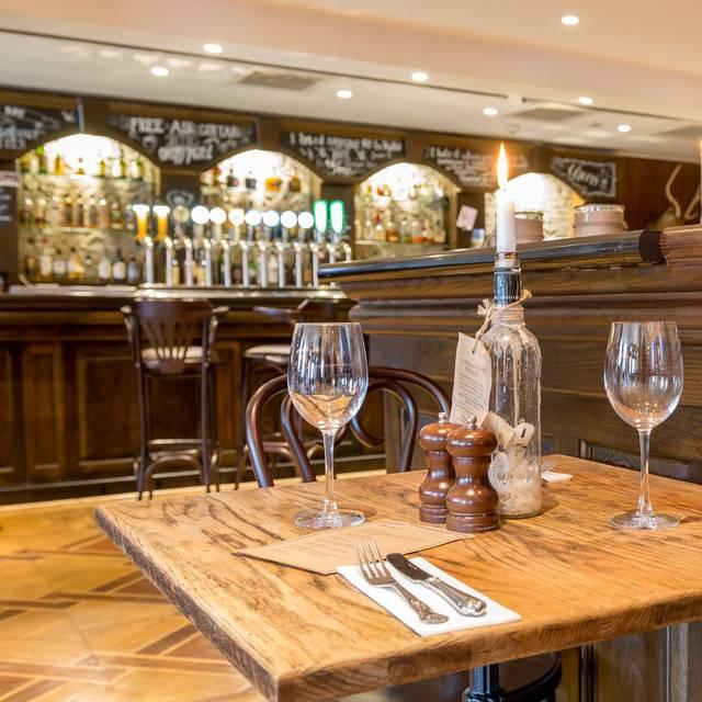 Oscars Bar And Kitchen Dublin
