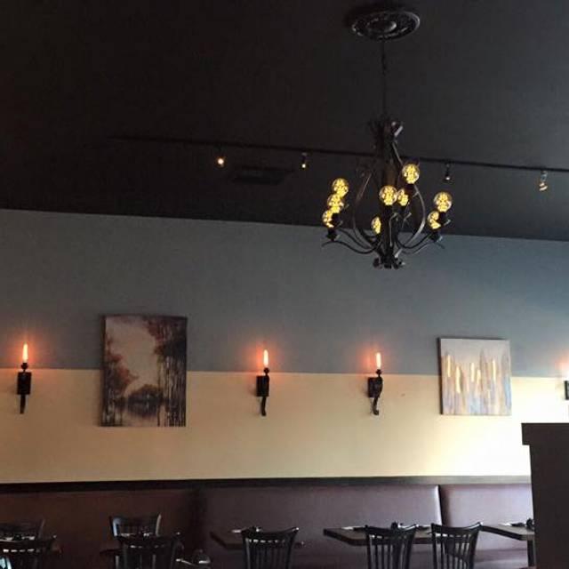 Interior - Kaori Sushi & Sake Bar, San Mateo, CA