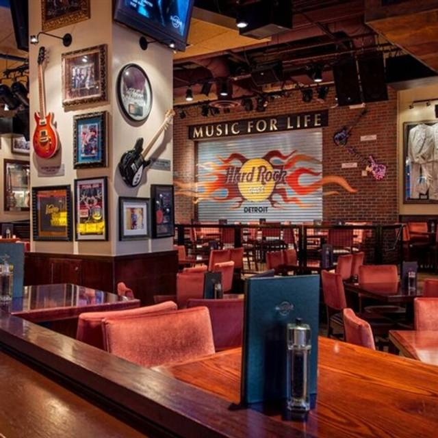 Hard Rock Cafe Detroit Reviews