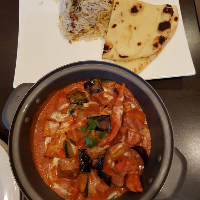 Lazia Asian Kitchen, Edmonton, AB