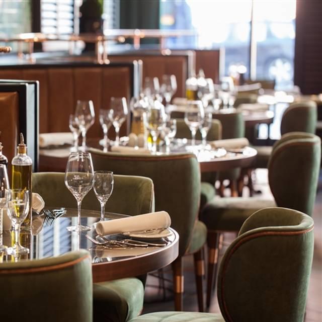 Titanic Hotel Berlin Chausseestr Bar