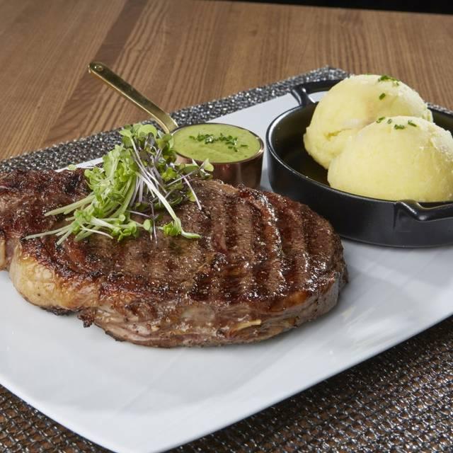 L G  Steakhouse Food - L.G. Smith's Steak & Chop House - Renaissance Aruba, Oranjestad, Aruba