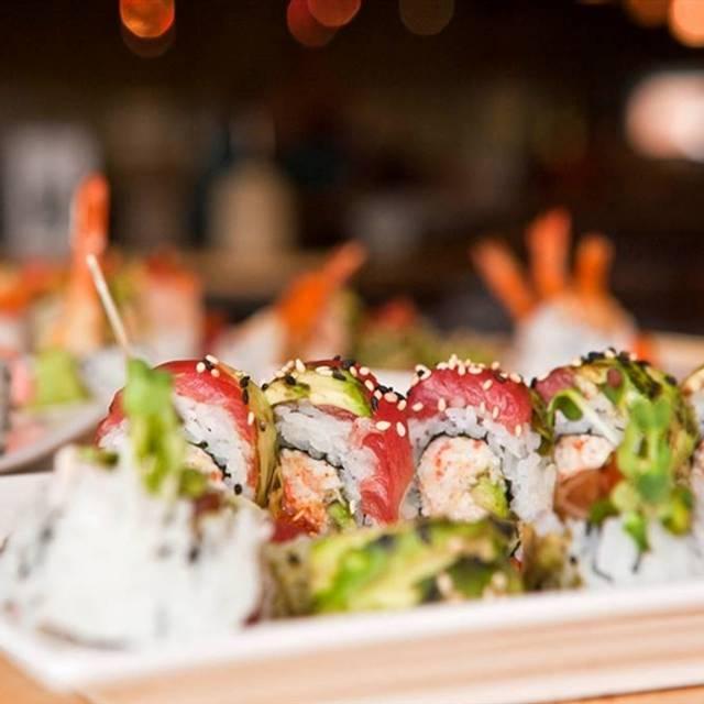 Nama Sushi Bar Knoxville Restaurant Info Reviews Photos Kayak