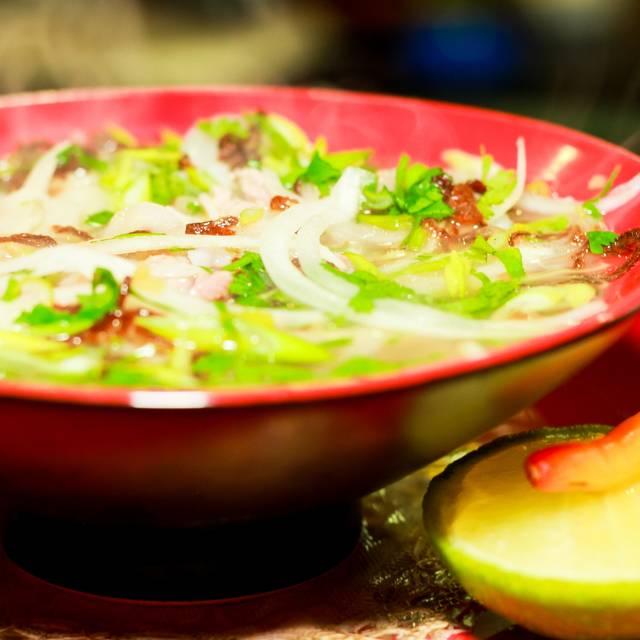 Sopa Pho - Tony's Asian Bistro, Acapulco, GRO