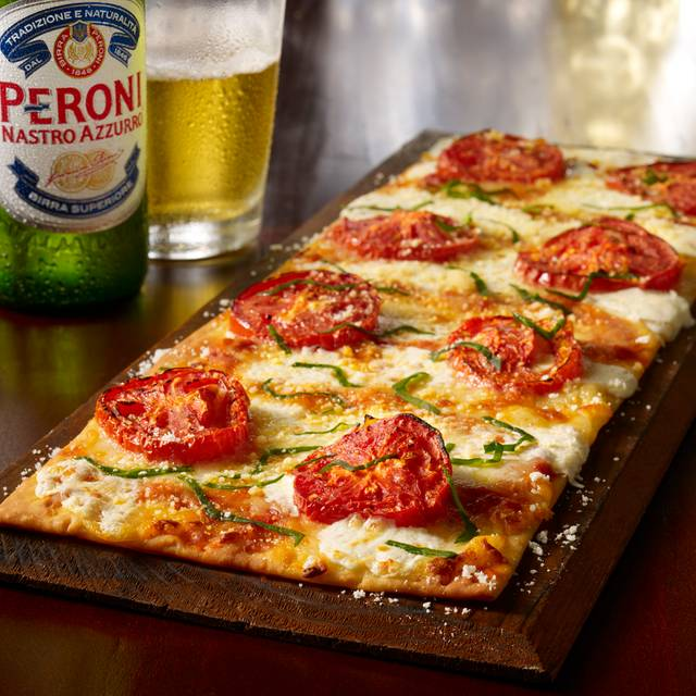 Margerita Flatbread - Maggiano's - Houston, Houston, TX