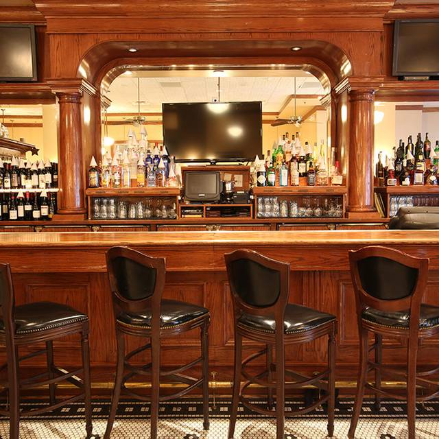 Bar - Maggiano's - Houston, Houston, TX