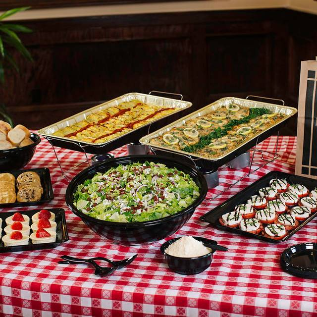Catering - Maggiano's - Houston, Houston, TX