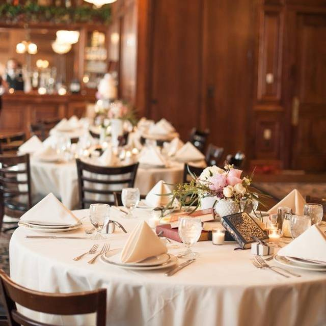 Wedding Set Up - Maggiano's - Houston, Houston, TX