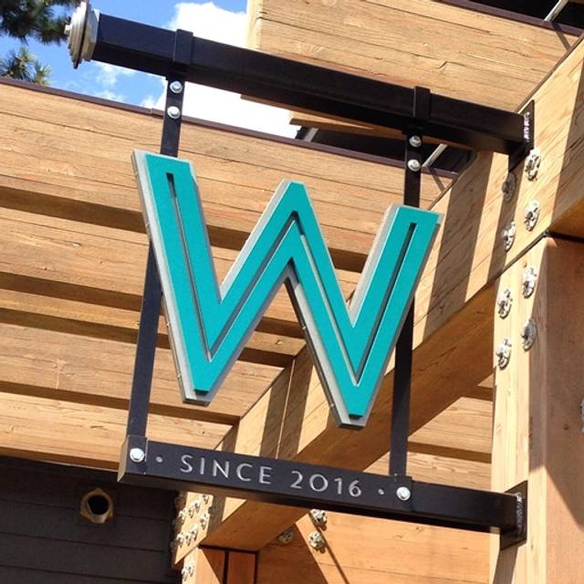 Washington Dining & Cocktails, Bend, OR