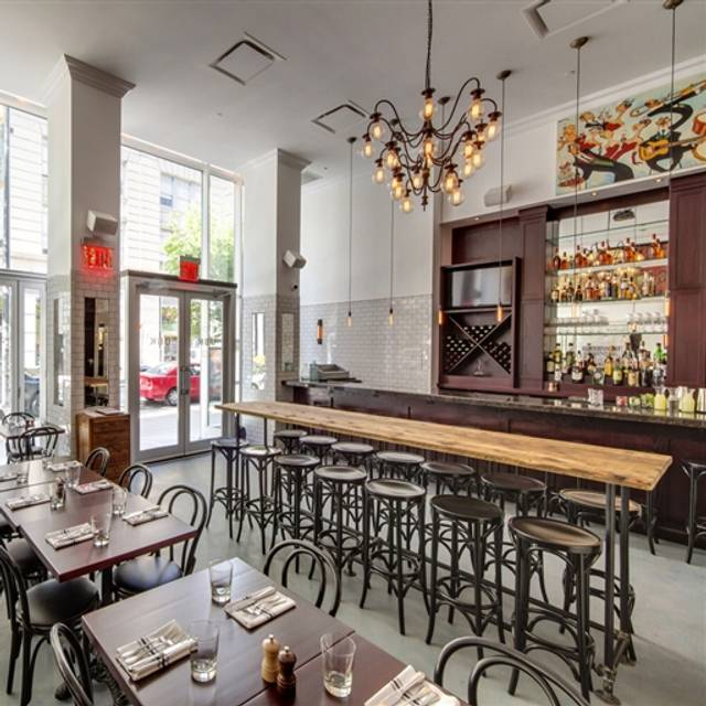 Union Bar & Kitchen Restaurant - New York, NY
