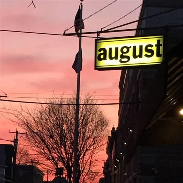august, Philadelphia, PA