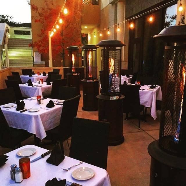 Thousand Oaks S Best Restaurants Based Upon Thousands Of Opentable Diner Reviews