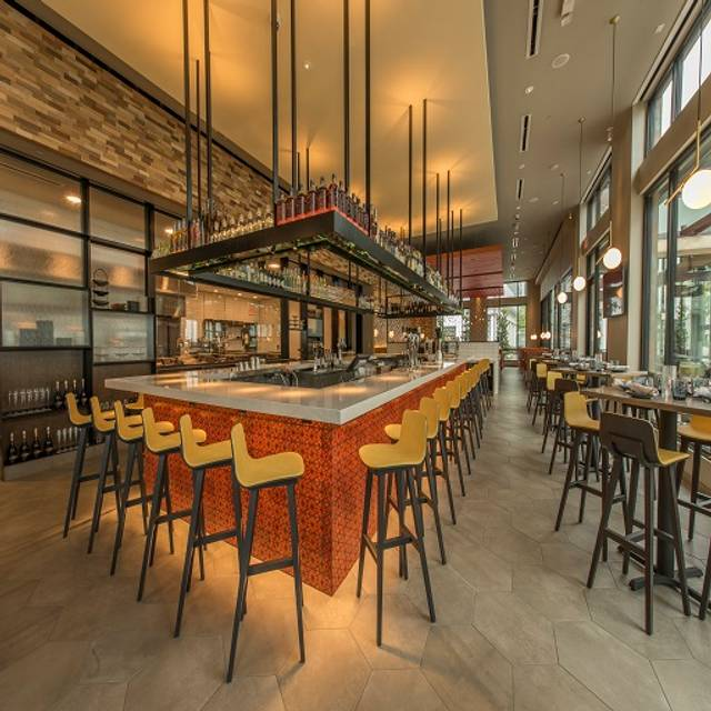 Chroma Bar - Chroma Modern Bar + Kitchen, Orlando, FL