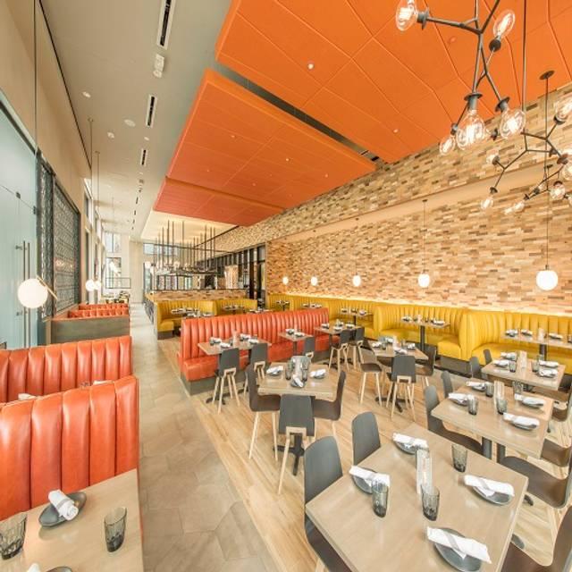 Chroma Main Dining Rooms - Chroma Modern Bar + Kitchen, Orlando, FL