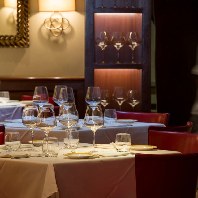 Felidia New York Restaurant Info Reviews Photos Kayak