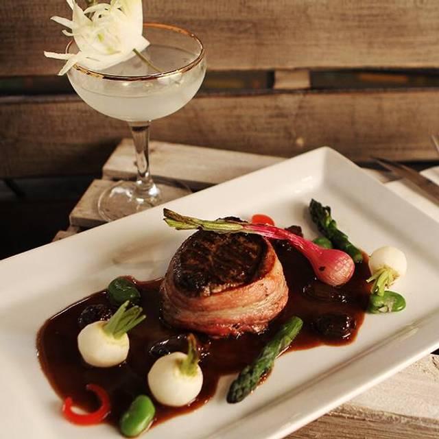 Revolve True Food & Wine Bar - Revolve True Food Wine Bar, Bothell, WA