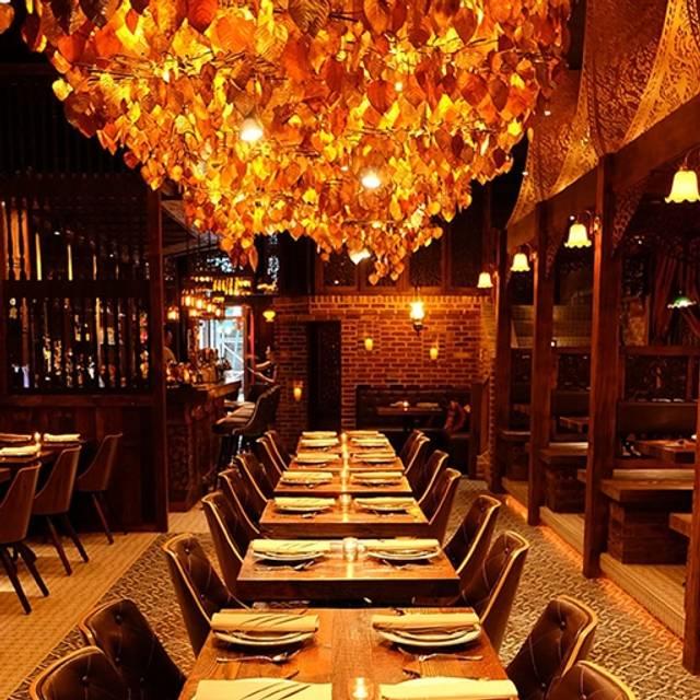 Thai Villa Restaurant New York NY OpenTable : 24717822 from www.opentable.com size 512 x 512 jpeg 76kB