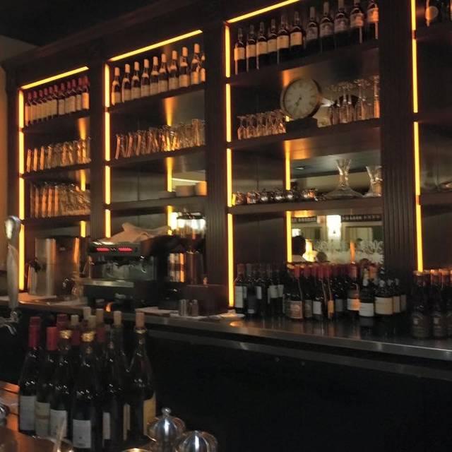 The Parisian Restaurant Wine Bar Jupiter Fl Opentable