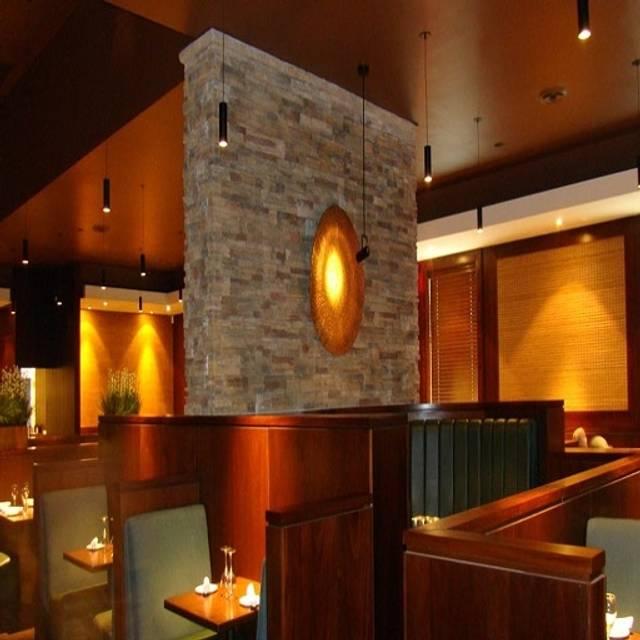 The Keg Steakhouse + Bar - Barrie, Barrie, ON