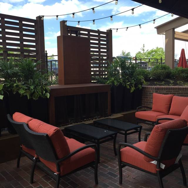 Patio - Red Door Woodfired Grill - Leawood, Leawood, KS
